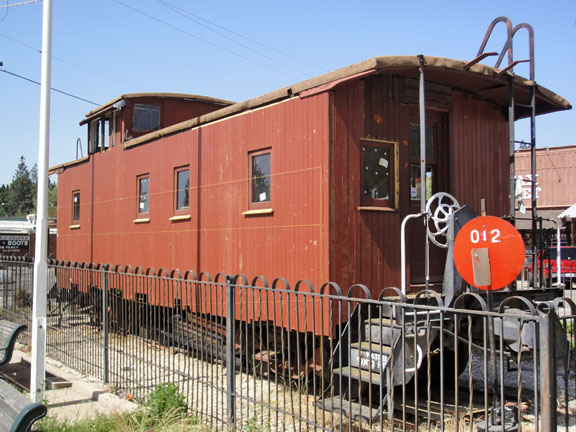 caboose11--May2012-DSC00560x1-6x4x96
